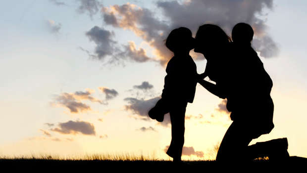 mother-children-silhouette_620x350.jpg
